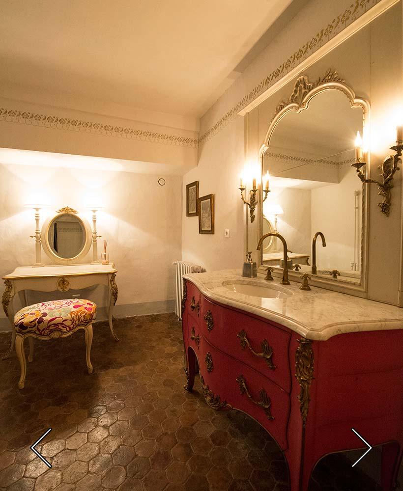 das Badezimmer Saint André