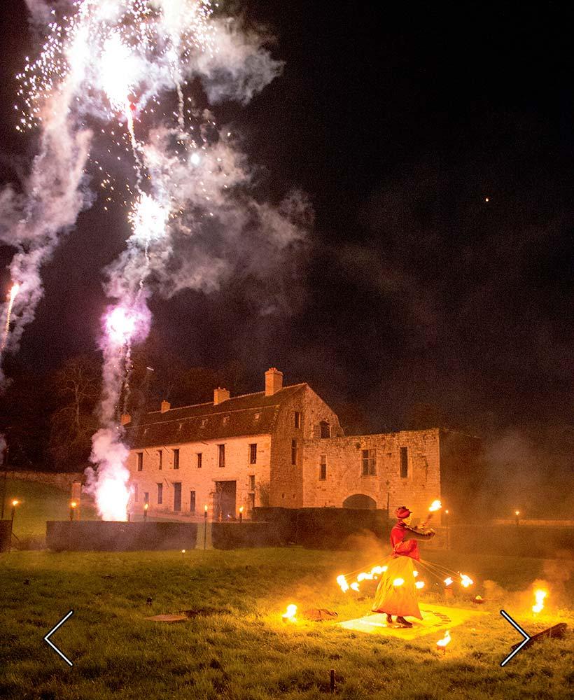 pyrotechnische Show im Park
