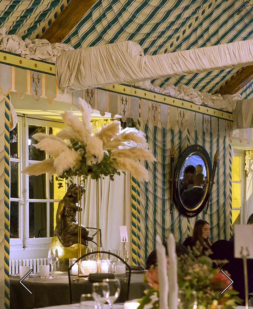ett bröllop i hängande rummet