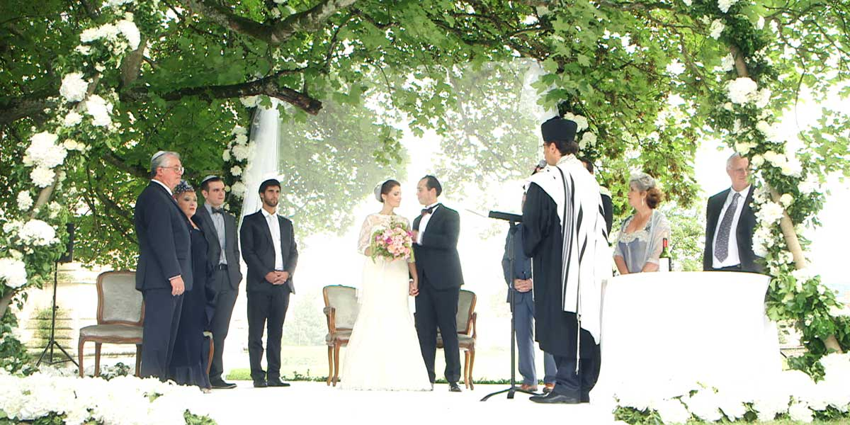 jewish wedding ceremony under the sycamore of Château e Vallery