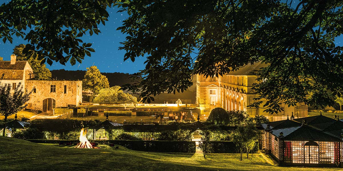 your wedding at the chateau: its rooms, its rooms and its park