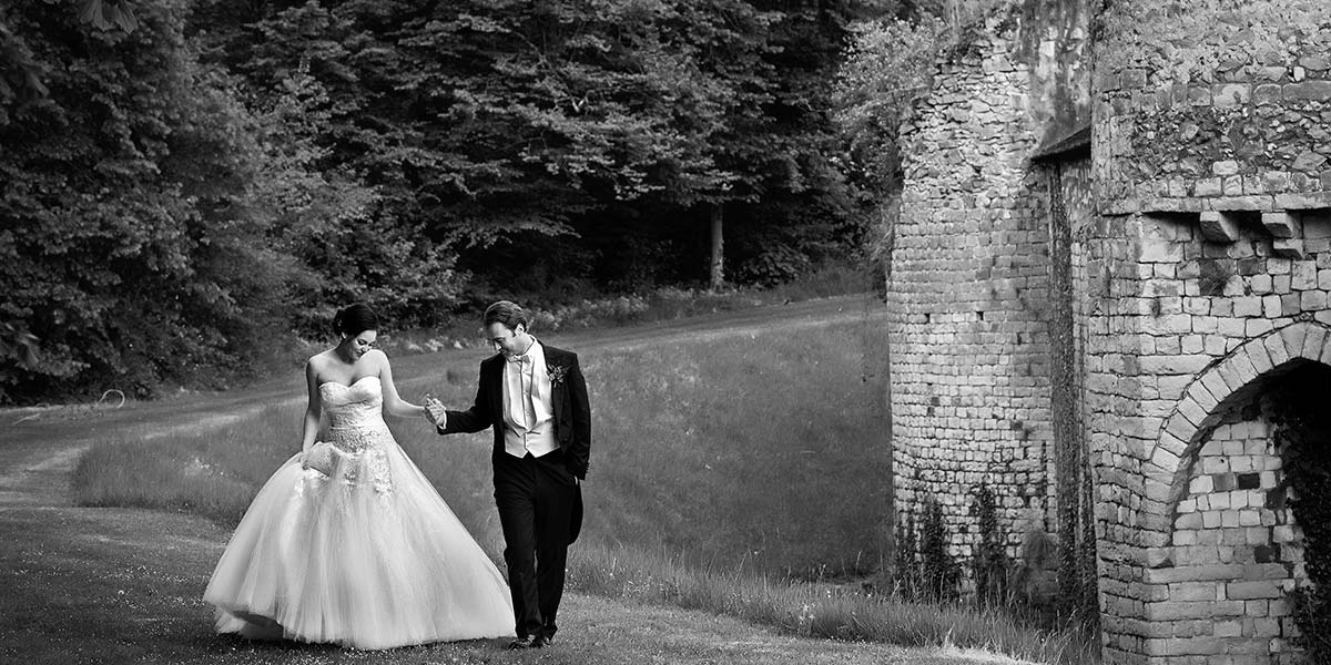 bridegrooms way around the chateau's medieval rempards