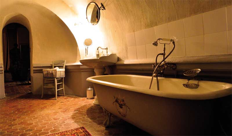 Petit Condé bathroom