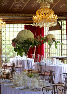 Entre Mets et Fragrances a perfect caterer for a perfect wedding at the chateau